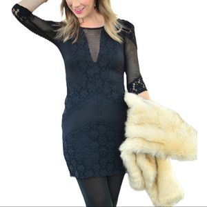 Top Shop Black Lace 3/4 Sleeve Dress